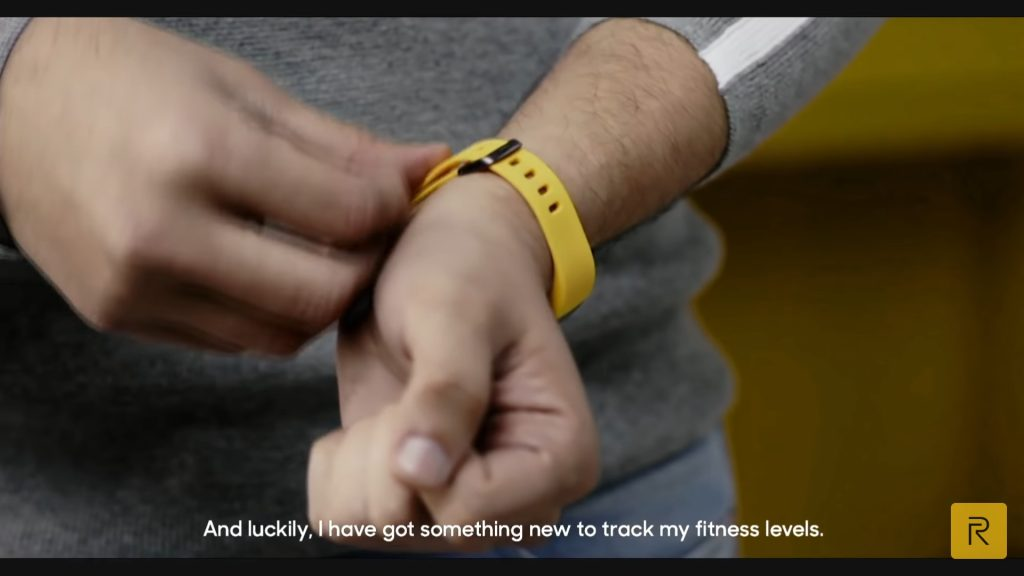 Realme Fitness Band teased 01