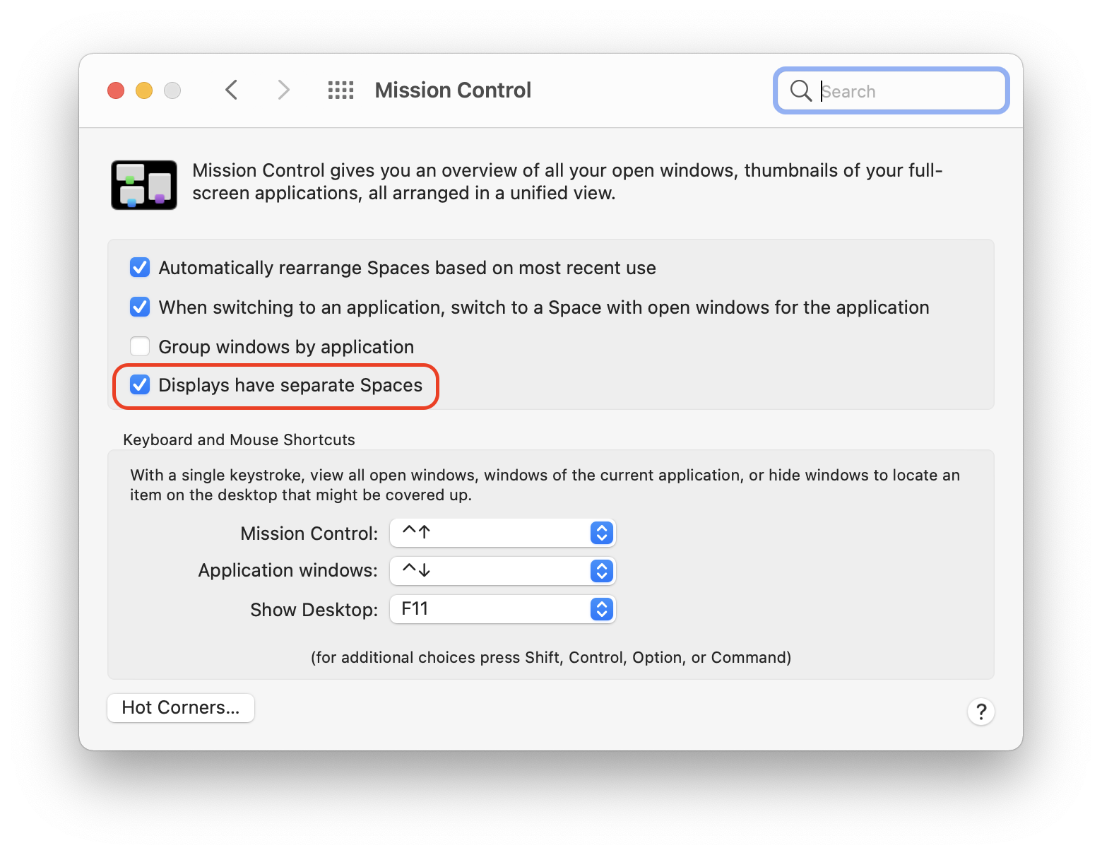 Enable Displays have Separate Spaces option to enable Split Screen on macOS